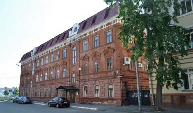 Новый собственник здания «Интехбанка» снова выставил его напродажу. Вдвое дороже