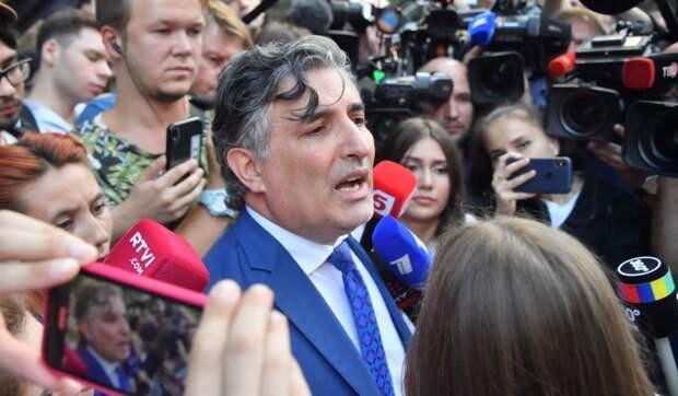 Адвокаты по делу Ефремова нахватали штрафов за быструю езду