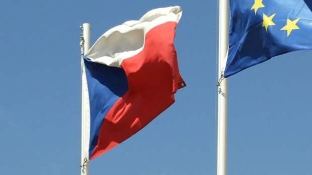 Штат посольства Чехии в Москве сократится до пяти дипломатов