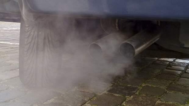 Озвучены негативные последствия долгого прогрева двигателя авто