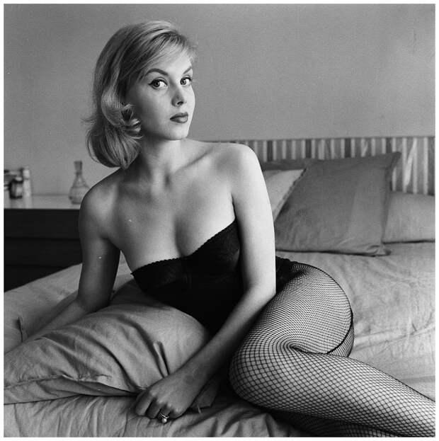 Красотка из 50-ых Корина Роттшафер.