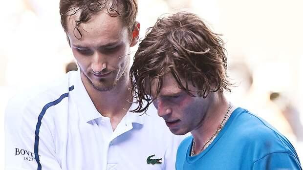 Битва двух лучших русских теннисистов завершилась разгромом
