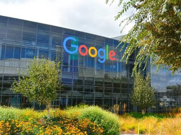 «Коммерсант»: Компания Google впервые подала иск против Роскомнадзора