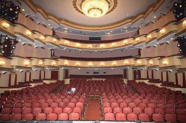 Российские театры откроются в сентябре