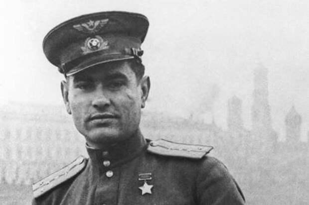Алексей Маресьев: что стало с «настоящим человеком» после войны
