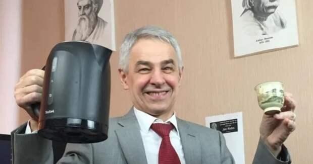 69-летний российский учитель физики покорил соцсеть TikTok