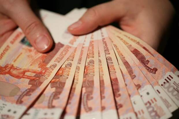 В Симферополе руководительница детсада соблазнилась на зарплату воспитателя