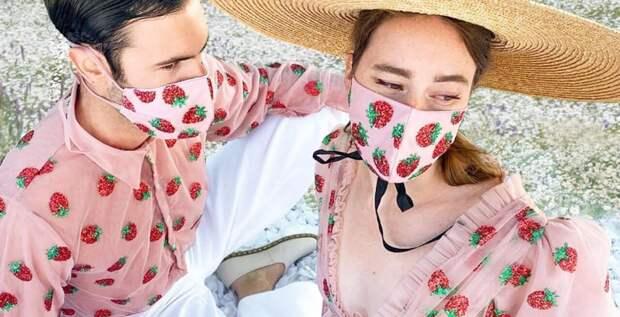 Маска, платок и бандана – модные аксессуары, которые нужны вам этим летом