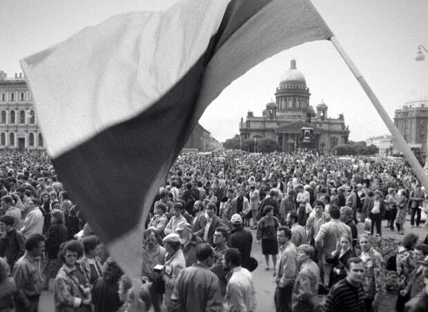 Самый крупный митинг в истории СССР