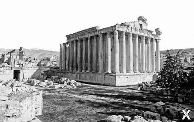 Храм Вакха (Меркурия) в Баальбеке, Ливан