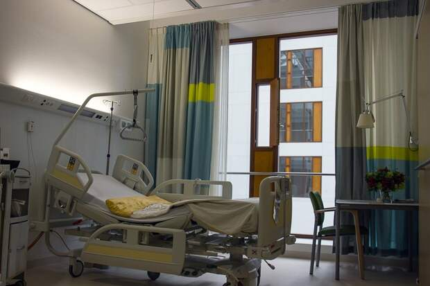 Пятнадцать пожилых людей умерли после прививки от COVID-19 в Нидерландах