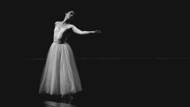 """""""Я вас люблю"""": как в Барнауле прошли гастроли Вахтанговского театра"""