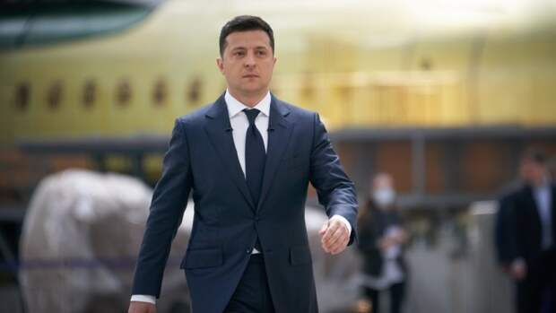 «Убогие физиономии»: Азаров высказался об умственных способностях Зеленского