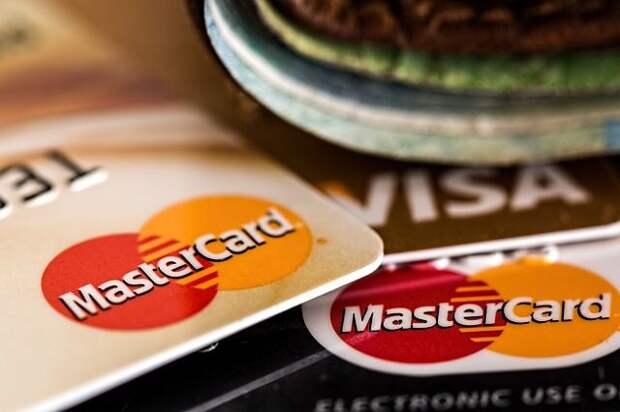 Эксперт рассказал, как вернуть списанные по ошибке деньги с карты
