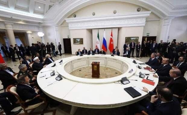 Руки прочь отсирийской нефти: Россия, Иран иТурция выступили сзаявлением