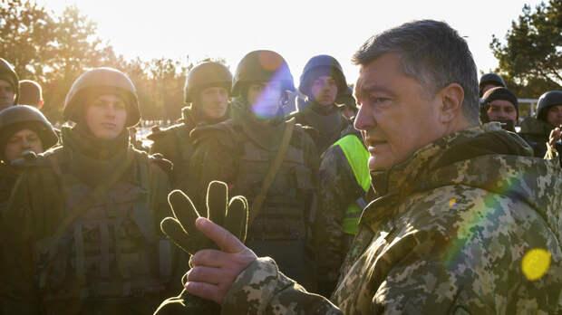 Порошенко заявил о «росте угрозы» со стороны России