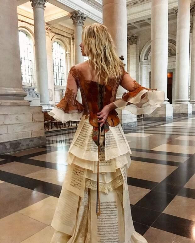 Скрипка платье Сильви Факон