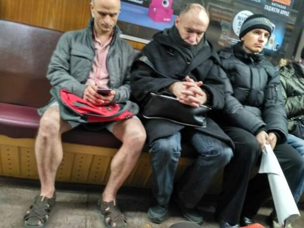 Основные тренды зимней моды, которые просто не укладываются в голове мода, прикол, юмор