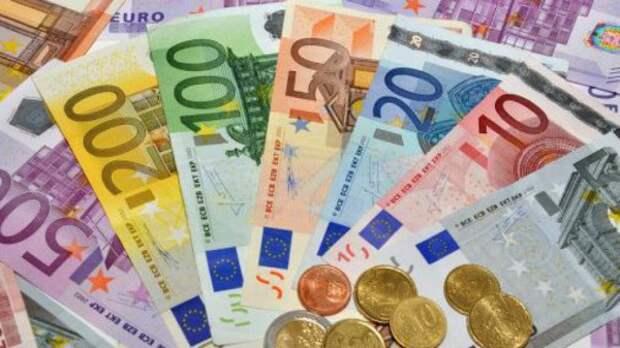 Курс евро в ходе торгов на Московской бирже превысил 80 рублей!