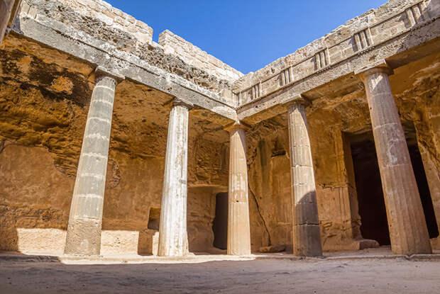 Путешествие во времени с отелем Elysium в античный Пафос на острове Кипр