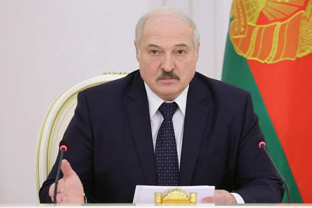 Лукашенко запретил СМИ освещать несогласованные акции впрямом эфире