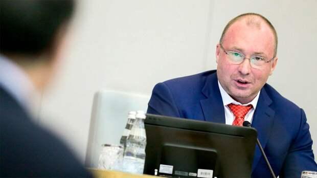 Депутат Лебедев: «Степановы хотят напакостить своей бывшей стране. Это просто вариант заработать денег»