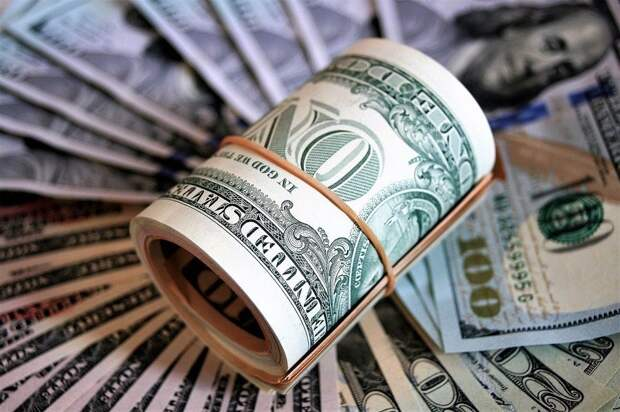 Организаторов финансовой пирамиды по продаже фальшивых акций осудили в Актобе