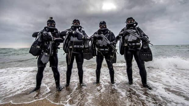 «Интерес зарубежных заказчиков оправдан»: на что способны российские автоматы и пистолеты для подводной стрельбы