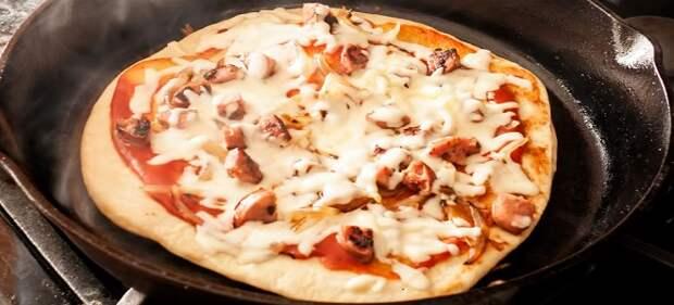 Пицца из фарша на сковороде