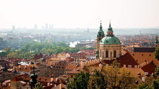 Чехия заявила о высылке 18 российских дипломатов