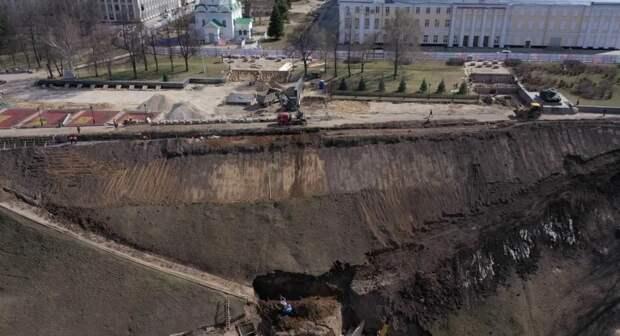 На склоне у Вечного огня в Нижегородском кремле посадят новые деревья