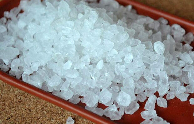 Кошерная соль: как появился известный термин, и чем кошерная соль отличается от соли из солонки