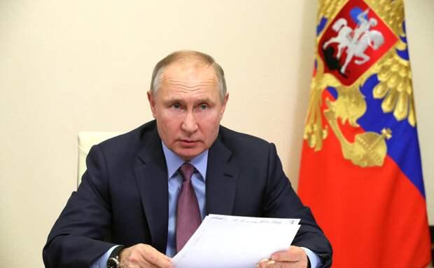 Президент России сказал, когда его привьют от COVID-19