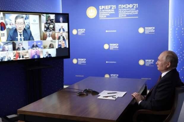 Путин рассказал, когда россияне смогут более свободно ездить за границу