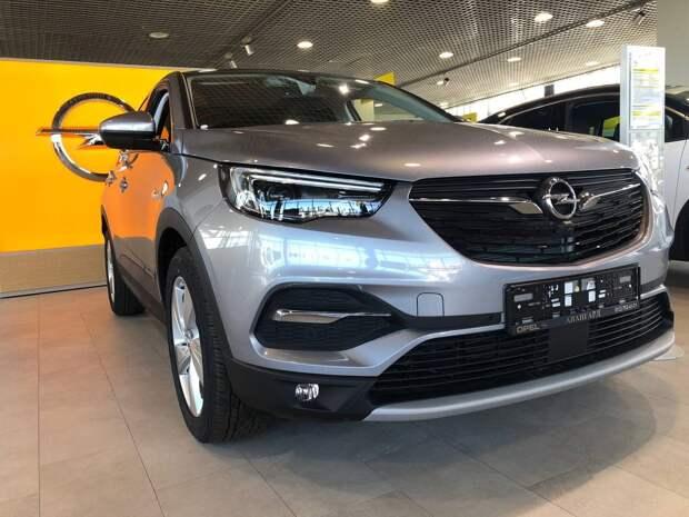 Тихое возвращение Opel в России обернулось фиаско Grandland X