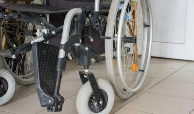Ухаживая зародственниками синвалидностью, 530 приморцев получают пособия