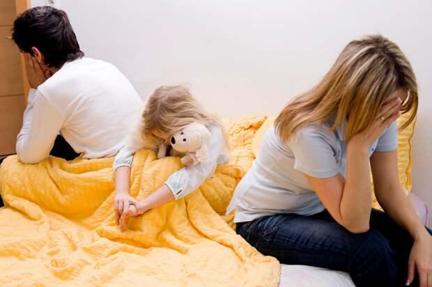 «У опеки слишком много полномочий»: в России предлагают ввести уголовную ответственность за изъятие ребёнка из семьи