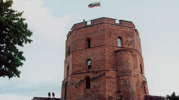 Латвия и Литва заодно: Ещё трое русских дипломатов отправятся домой