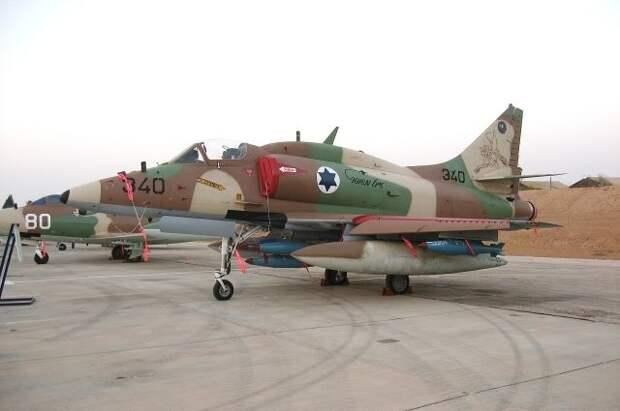 ВВС Израиля нанесли удары по зданиям Минфина и банка в Газе