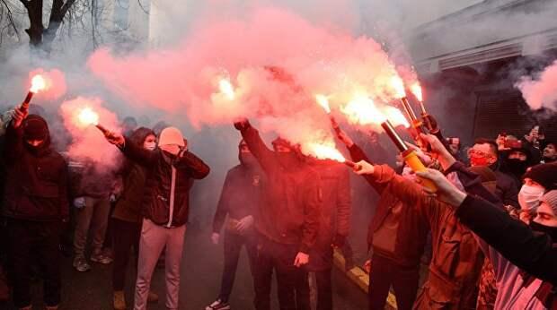 Диктатура украинского коричневого ничтожества