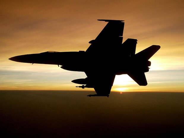 В Ливии во время парада разбился истребитель МиГ-21