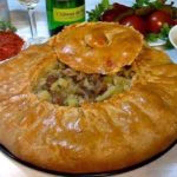 Рассыпчатый пирог из песочного теста с сочной начинкой