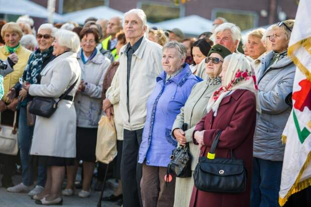 Новая пенсионная реформа - происки заговорщиков, считает известный политолог