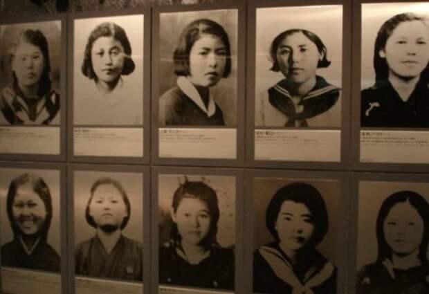 Фотографии японских женщин-медсестёр.