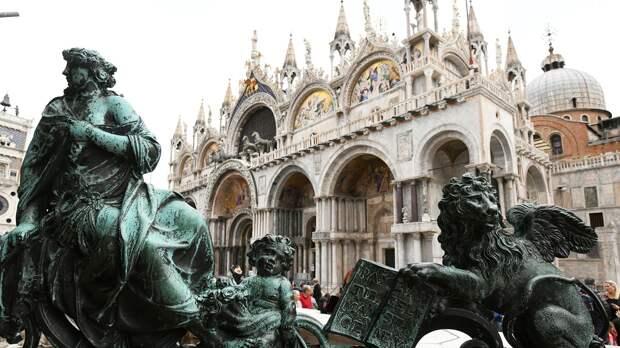 Скульптуры на площади Сан-Марко в Венеции - РИА Новости, 1920, 18.04.2021
