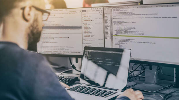 Помогает ли обучение в сети за деньги попасть в IT-компании