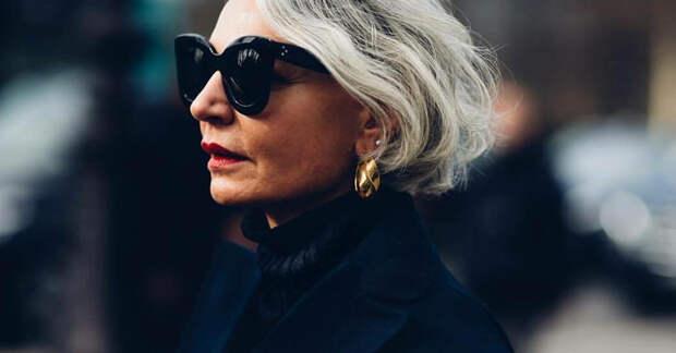 Как «дорого» носить черный цвет в 50+: советы стилиста