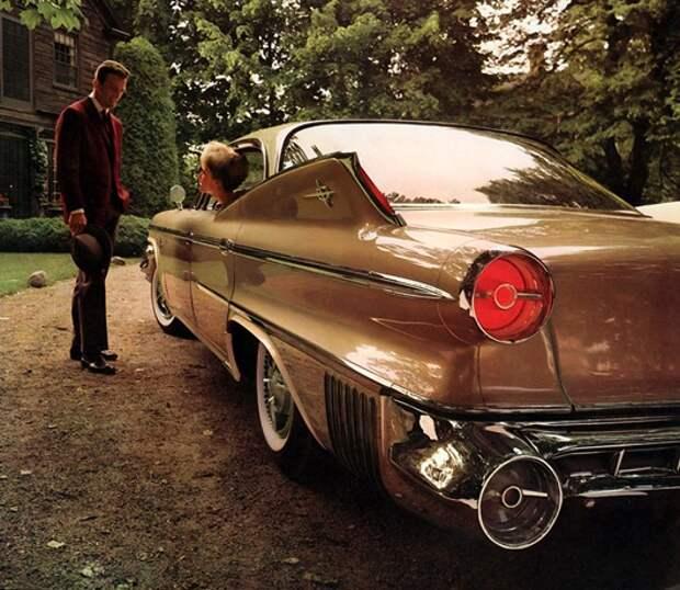 Dodge_1960_Polara_2