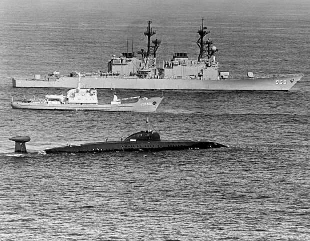 Как боевая эскадра СССР напугала ганских пиратов, захвативших советские суда