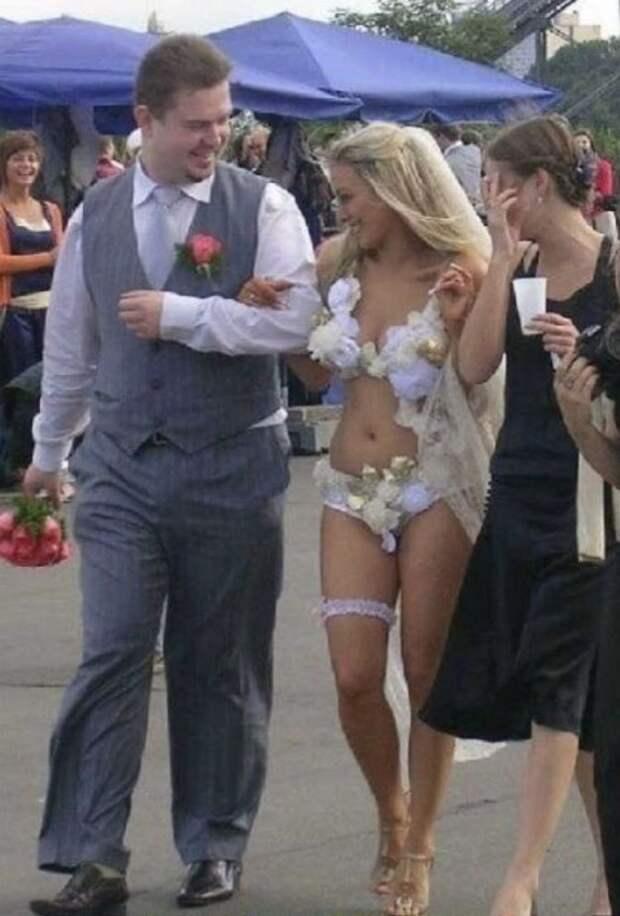 С такими нарядами, свадьба точно запомнится